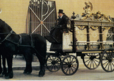 Carrozza cavalli neri